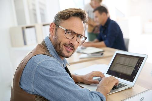 Lift Berater Fachwer Online Mann mit Altersvorsorge