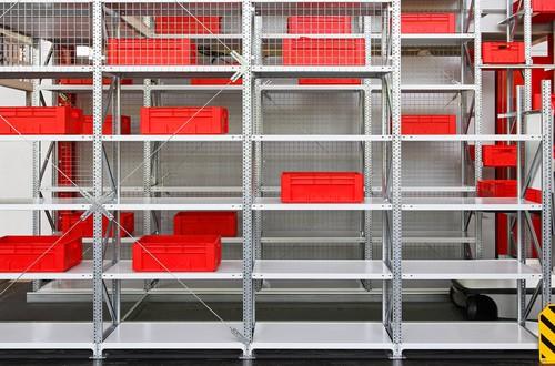 ordnung in der werkstatt. Black Bedroom Furniture Sets. Home Design Ideas